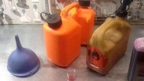 Можно ли залить 95 бензина в газовый резак?